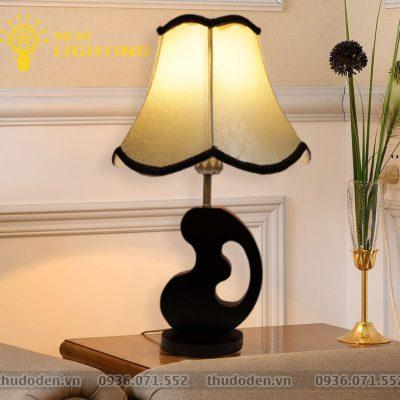 đèn bàn trang trí Mộc Hương
