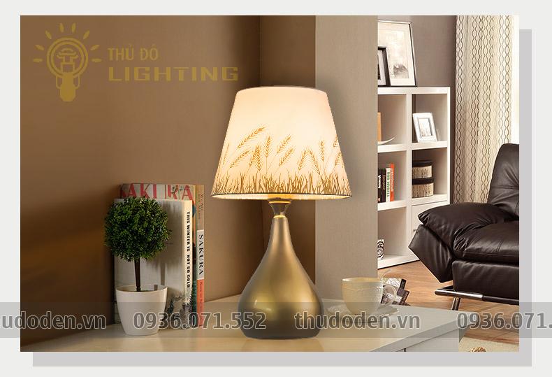 đèn bàn trang trí