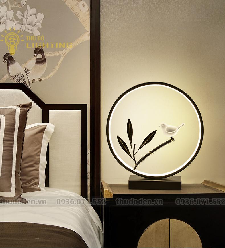 đèn bàn hiện đại