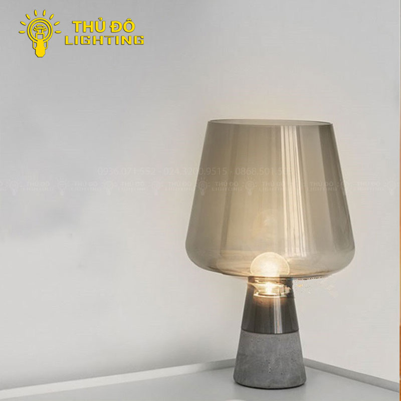 Tại sao nên chọn đèn bàn hiện đại decor 5029 để trang trí?